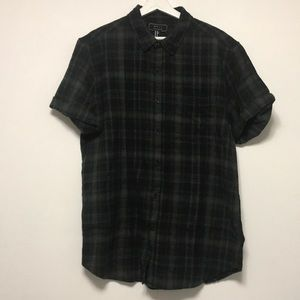 BNWT FOREVER 21 GREEN AND BLACK FLANNEL SHIRT XL